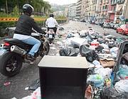 Cumuli di spazzatura a Napoli